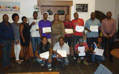 Certificaten uitreiking aan deelnemers van Job Program Bonaire